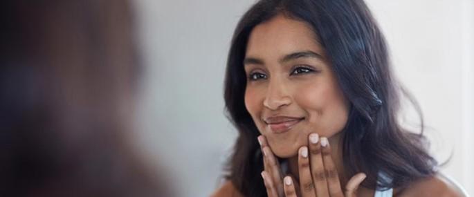 Les om gode råd for ansiktspleie for tørr hud.